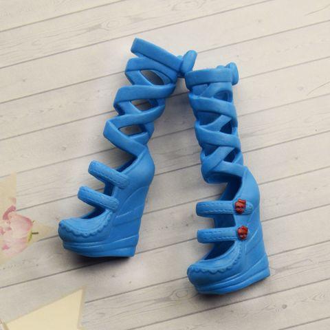 Обувь для кукол Эвер Афтер Хай и Монстр Хай (голубые)