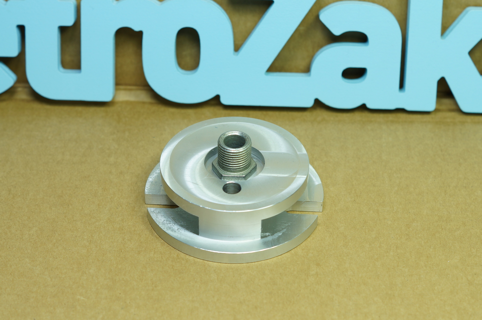 Переходник масляного фильтра Газ 21 без отверстия