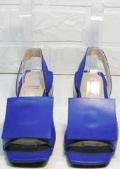 Стильные женские босоножки с квадратным мысом Amy Michelle 2634 Ultra Blue.