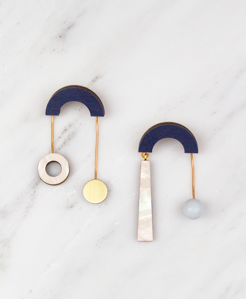 Серьги Cascade Earrings Midnight Blue