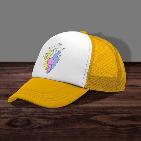 Жёлтая кепка с сеткой