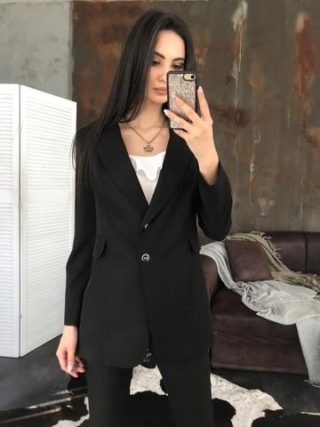 Классический пиджак на пуговицах. Черный