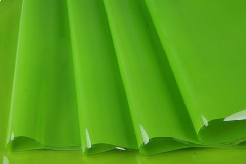 Пленка цветная лак 70 см х 7,6 м. Цвет: зеленый