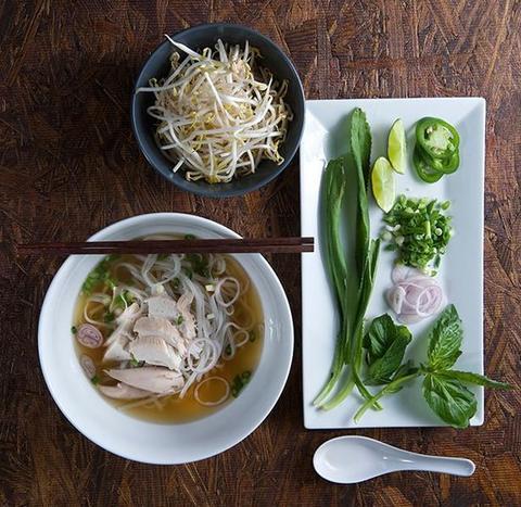 Традиционный вьетнамский суп Фо Га