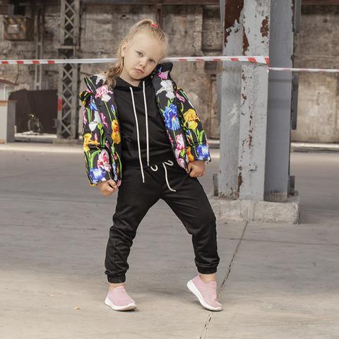 Детская демисезонная куртка с принтом  «Ирисы» на девочку
