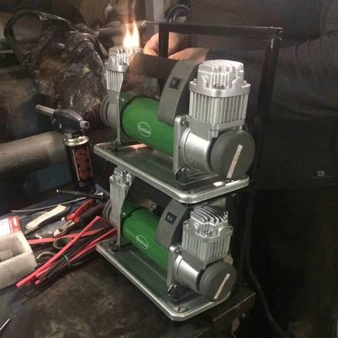 Установка пневмосистемы и воздушного компрессора