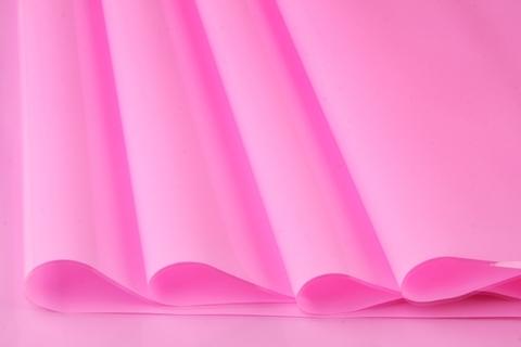 Пленка цветная лак 70 см х 7,6 м. Цвет: розовый