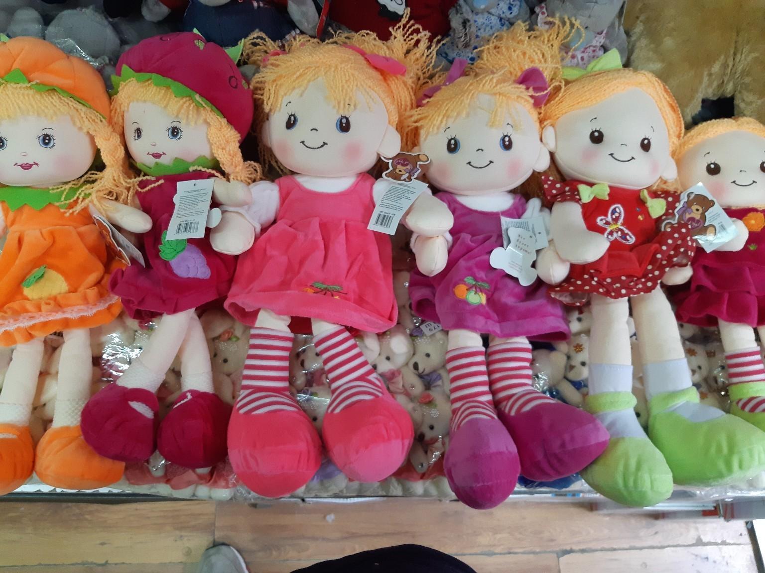 Мягкая музыкальная кукла в разных расцветках
