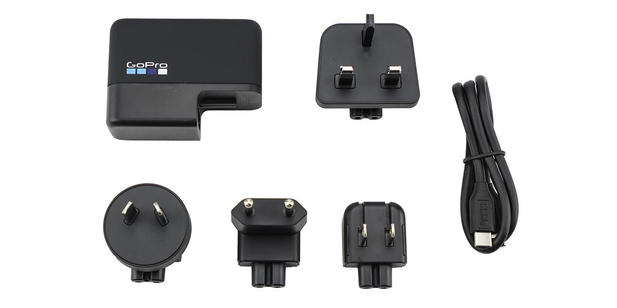 Сетевое зарядное устройство GoPro Supercharger (AWALC-002-RU) комплектация