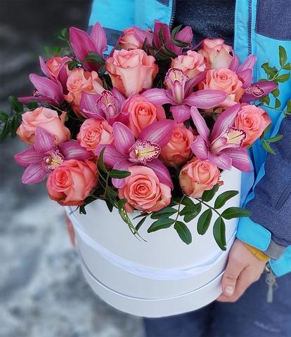 Коробка розы с орхидеей 5