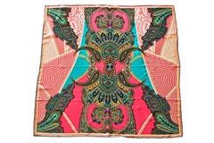 Итальянский платок из шелка розовый с орнаментом 5506