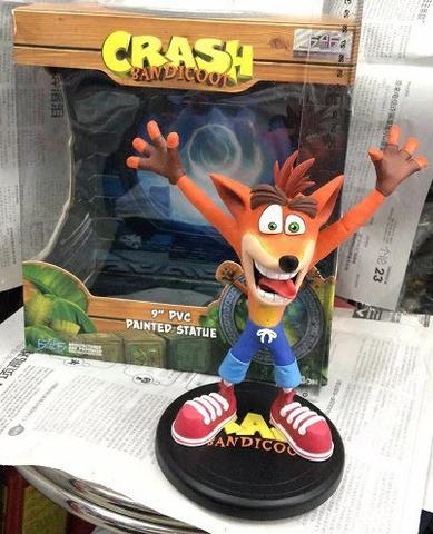 Фигурка Crash Bandicoot, 22 см