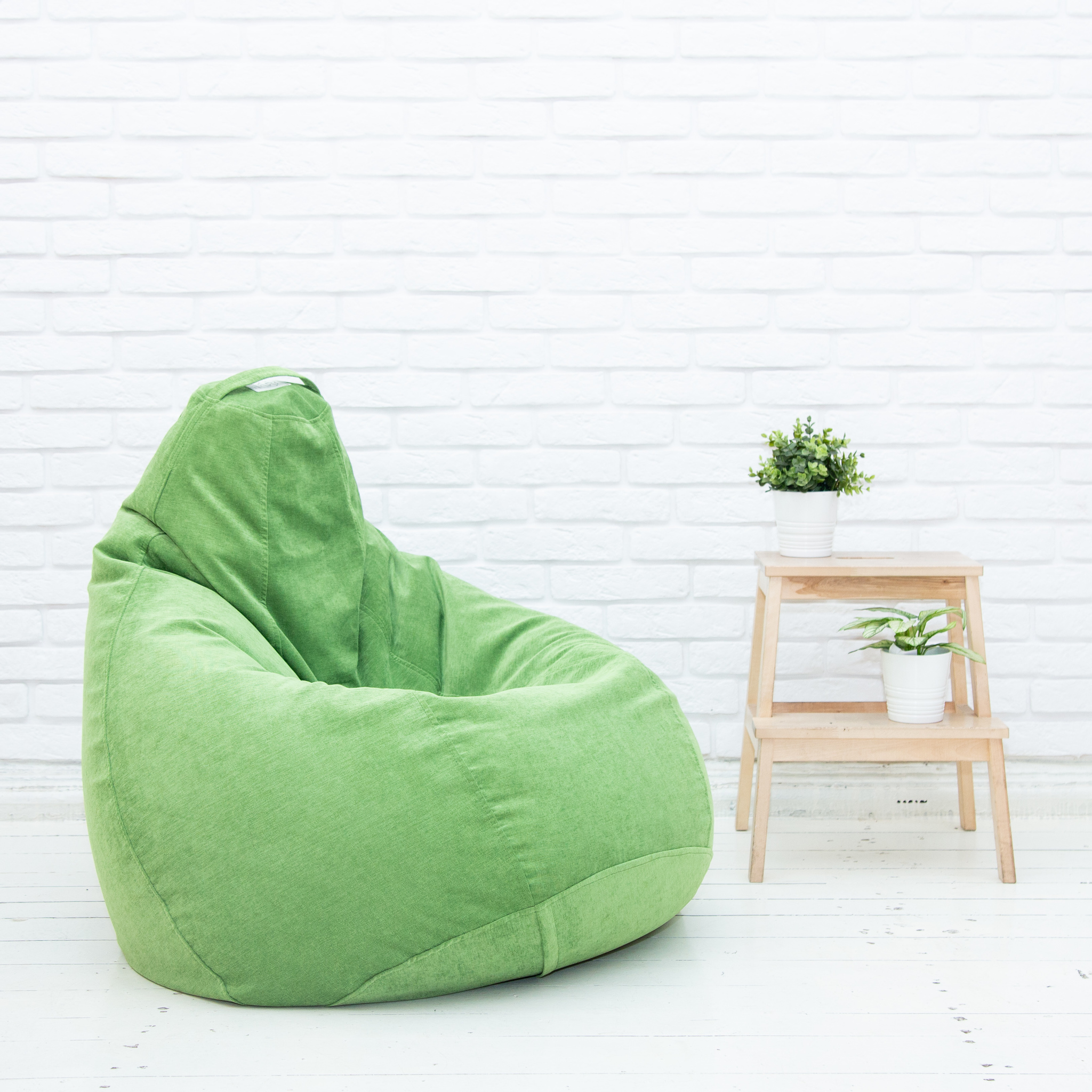 Груша M микровельвет (зелёная)