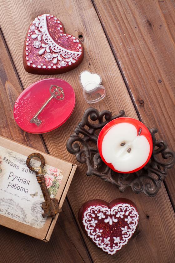 Мыло ручной работы в форме сердца