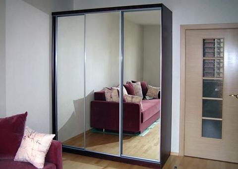 Шкаф 3-х дверный зеркальный, 180 см