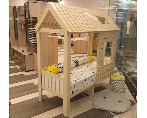 Кровать-домик АМИ-2 (крыша двускатная) левая