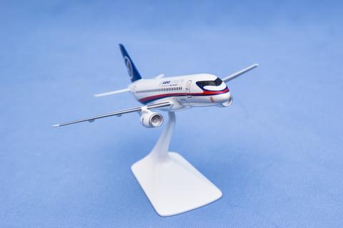 Модель самолета SSJ-100 (М1:144, ГСС с винглетами)