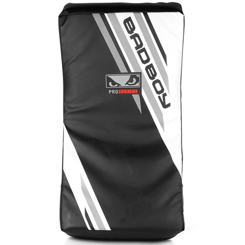 Макивара Bad Boy Pro Series Advanced Curved Kick Pad-Black/White&