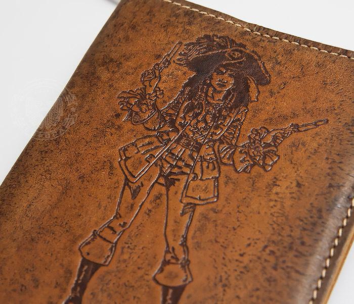 BY14-03-09 Прикольная обложка на паспорт для нее «Настоящая Разбойница» фото 03