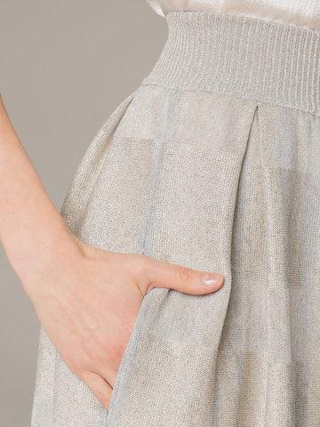 Женская юбка серого цвета из вискозы - фото 3