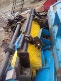 Оборудование щеточное (без щетки) на КО-713