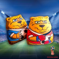 Подушка-игрушка антистресс «Медведь-футболист» 5