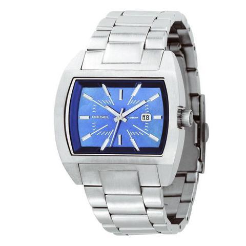 Купить Наручные часы Diesel DZ5105 по доступной цене