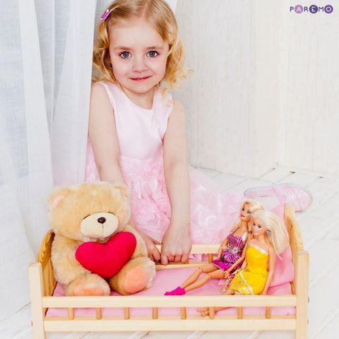 Классическая кроватка для кукол, розовый текстиль
