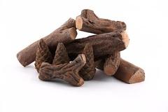 Керамические дрова и шишки