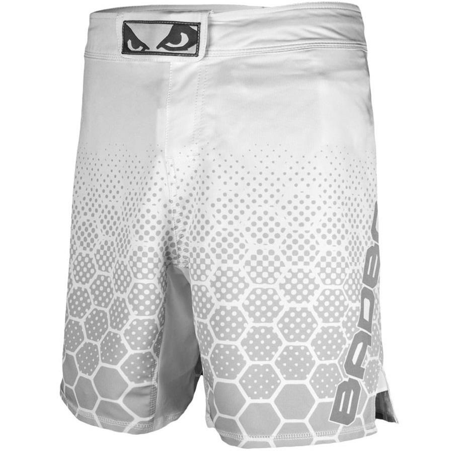 Шорты Шорты Bad Boy Legacy 3.0 Shorts - White/Grey& Шорты_Bad_Boy_Legacy_3.0_Shorts_-_WhiteGrey_.jpg
