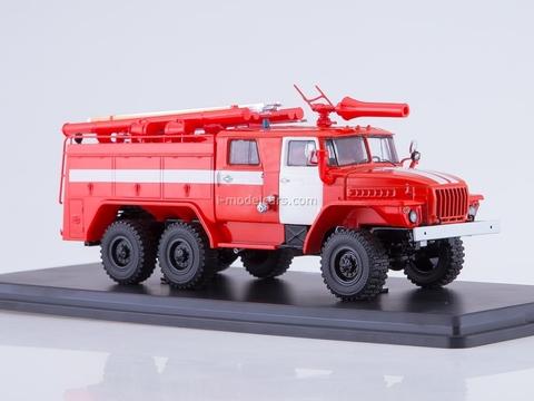 Ural-43202 AC-40 PM-102B fire engine 1:43 Start Scale Models (SSM)