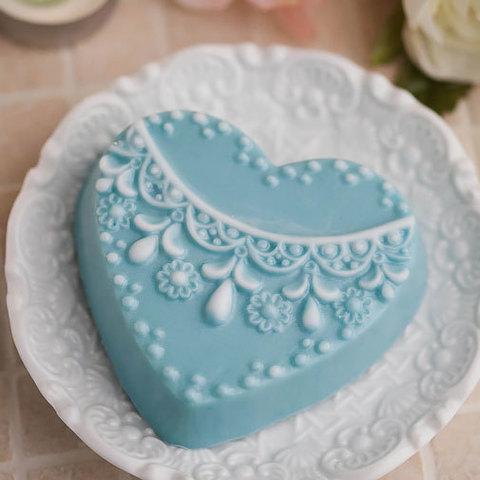 Пластиковая форма для мыла Сердце с орнаментом 3