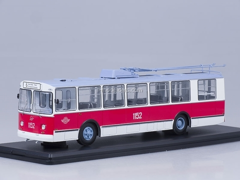 ZIU-682B trolleybus Mosgorstrans museum with operating rod Start Scale Models (SSM) 1:43