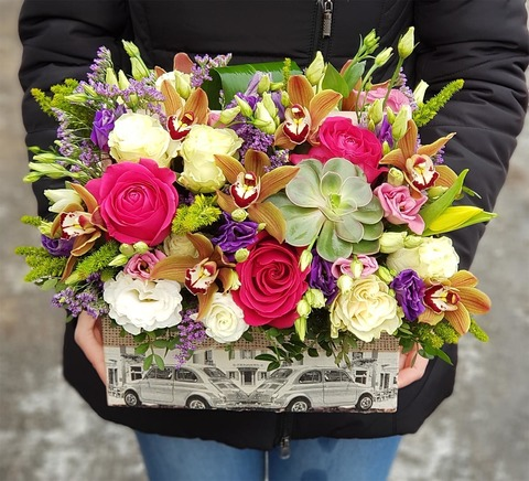 Ящик с цветами Январь 6