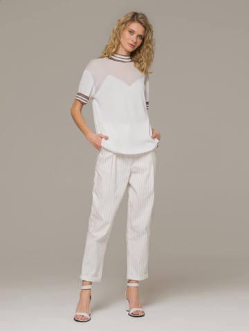 Женский белый джемпер с коротким рукавом и контрастными вставками - фото 4