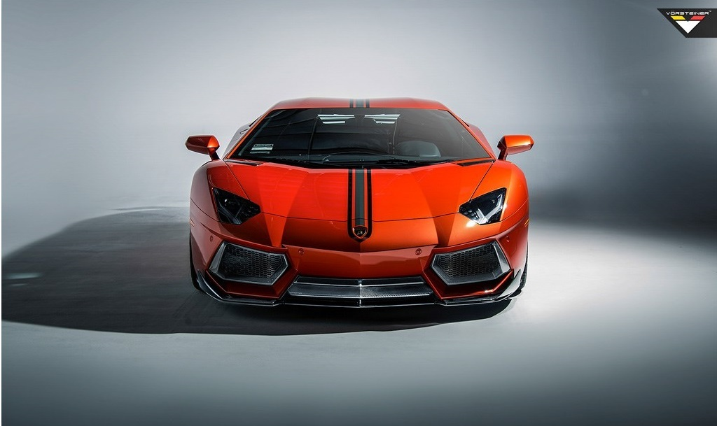 Карбоновый цельный сплиттер Vorsteiner Style для Lamborghini Aventador