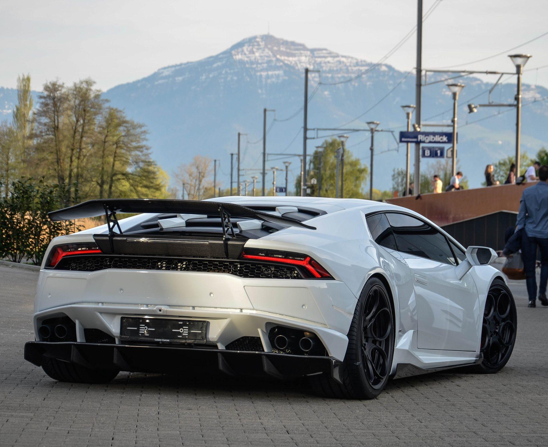 Карбоновое антикрыло v3 Mansory Style для Lamborghini Huracan