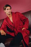 Красный домашний халат B&B