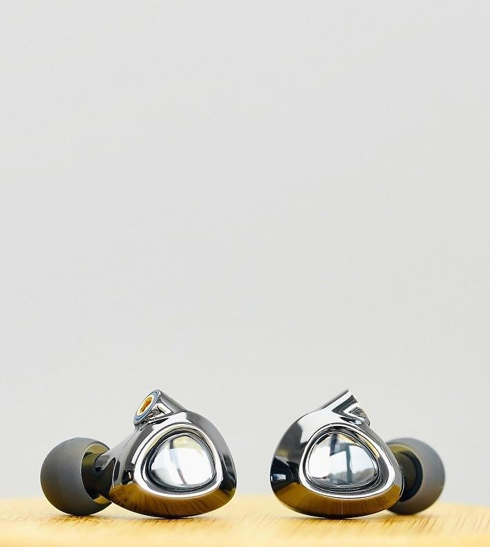 Shanling ME500 gray, внутриканальные наушники