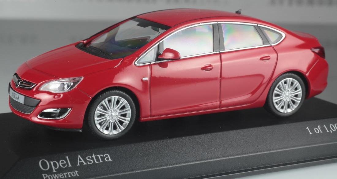 Коллекционная модель Opel Astra 2012