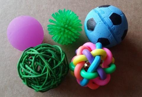 Набор разнофактурных мячиков