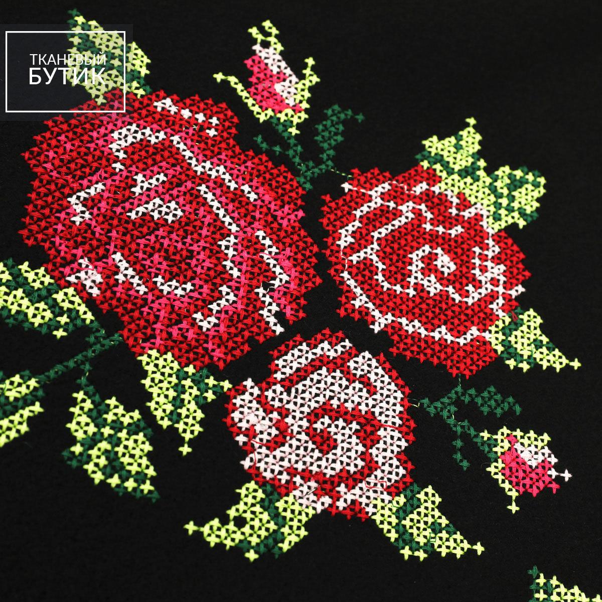 """Пальтовая шерстяная ткань с вышивкой крестом """"Розы"""""""
