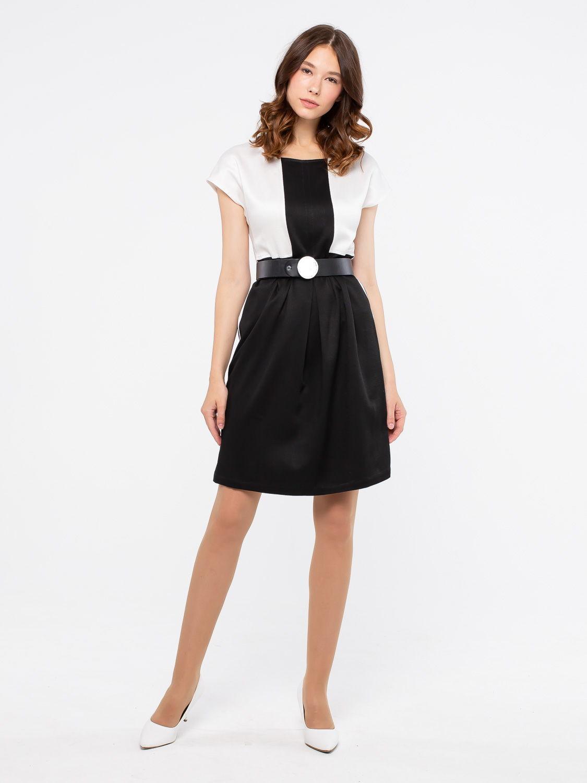Платье З087-524 - Платье свободного силуэта со спущенной линией плеча. Комбинирование тканей имитирует надетый по верх платья жакет. По бокам вставки из контрастной репсовой ленты. Комфортный и стильный вариант на каждый день.
