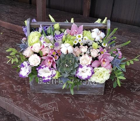Ящик с цветами Стильный 3