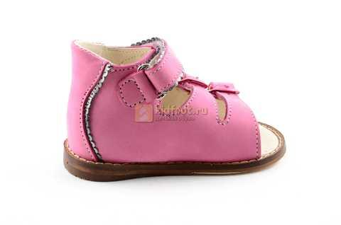 Босоножки Тотто на первый шаг из натуральной кожи открытые для девочек, цвет розовый. Изображение 4 из 10.