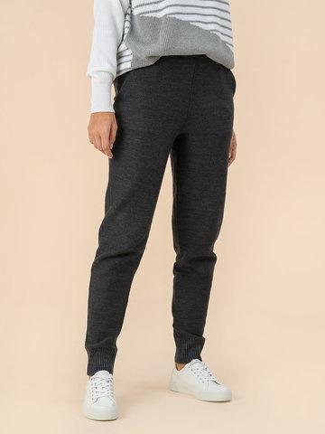 Женские брюки серого цвета - фото 2