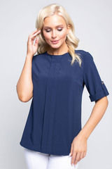 <p>Незаменимая вещь в Вашем гардеробе! Идеальная блузка свободного кроя - отличный офисный вариант.</p>