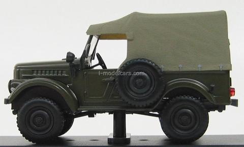 GAZ-69 olive green 1954 IST012 IST Models 1:43