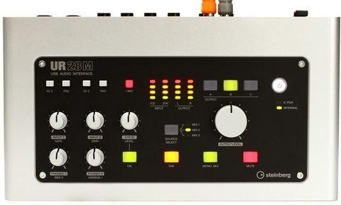 Steinberg UR28M Аудиоинтерфейс
