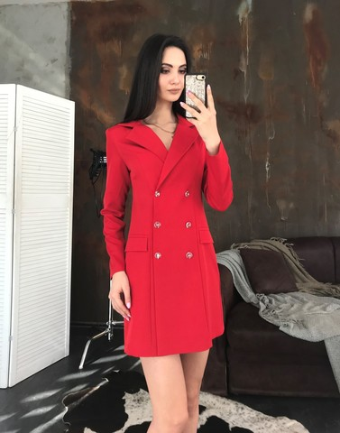 Лиона. Великолепное платье-пиджак. Красный